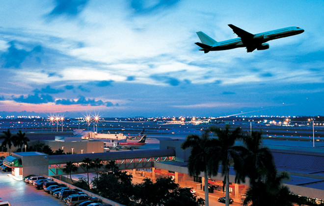 Fort Lauderdale-Hollywood International Airport (FLL)